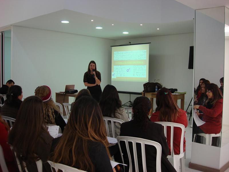 Colaboradores do Casa e Design participaram de palestra sobre A Fórmula do Marketing Pessoal