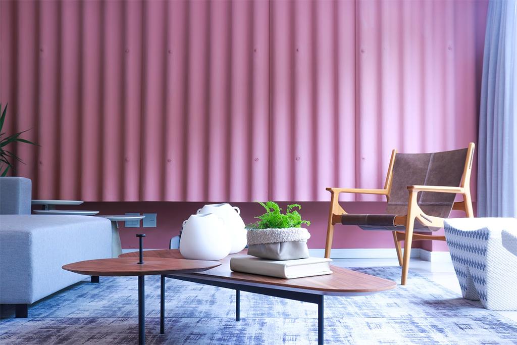 Vitrine assinada Casa & Design: Evah Home apresenta espaço sustentável assinado por Cris Passing e  Anderson Schussler